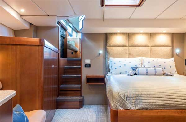 Expedition Yacht Stateroom