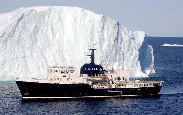 MEGA EXPEDITION YACHT AMELS 193 59 m AKULA