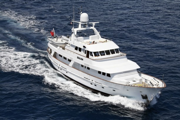 Hakvoort Explorer Yacht Sealion Sold