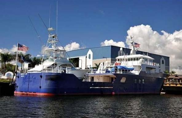 165 Expedition Yacht Perfect Life