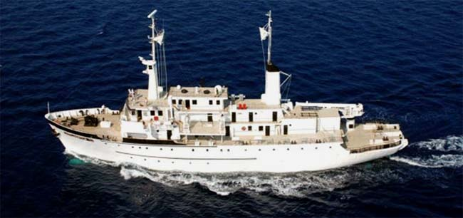 210 expedition yacht and explorer ship Atlantis II for sale.