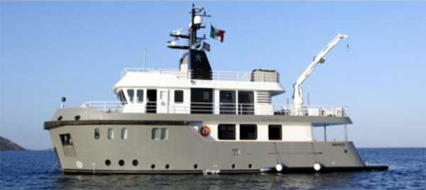 88 Ocean King Yacht for Sale